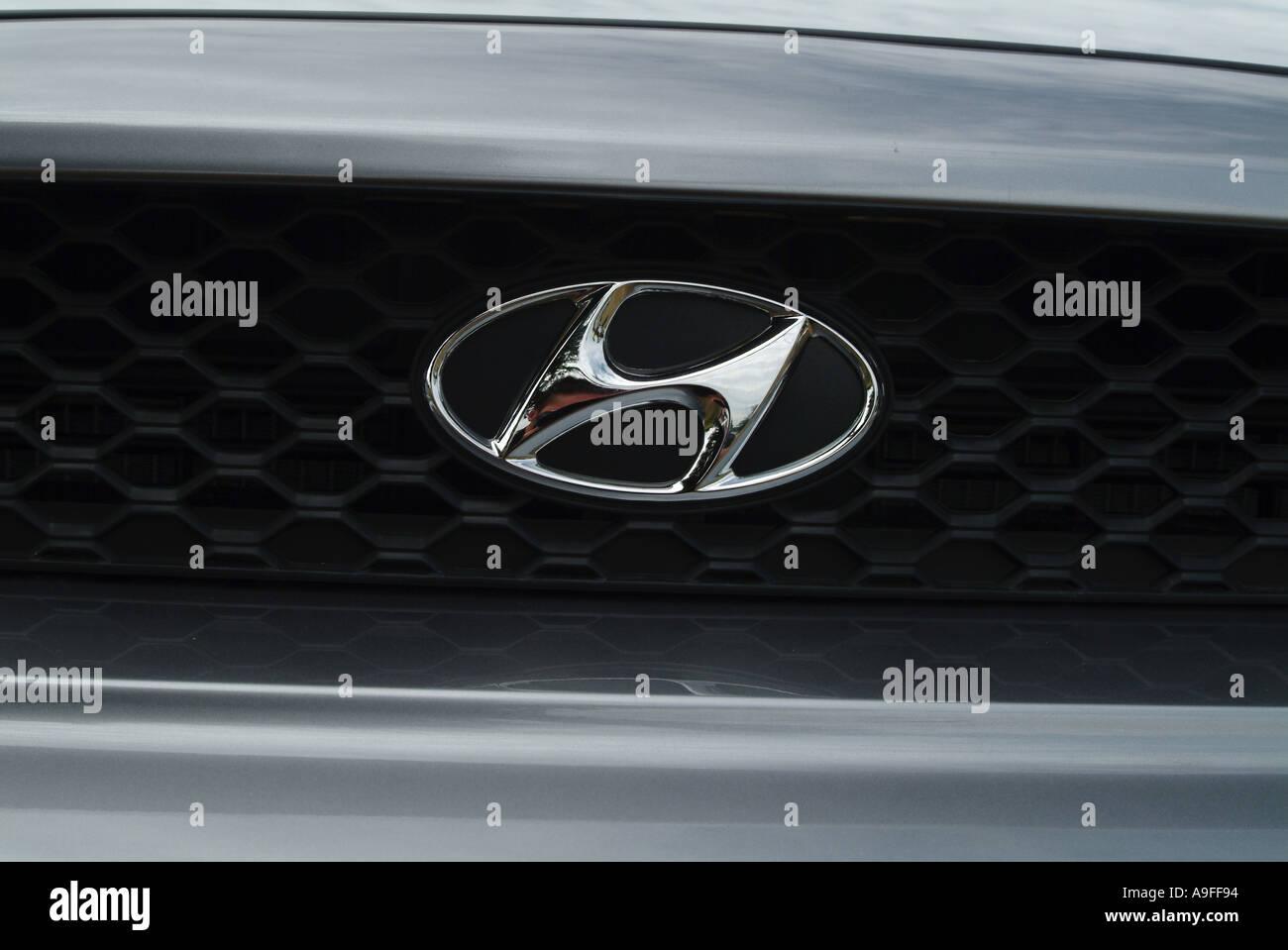 hyundai south korea car maker manufacturer New car Finance dealer ...