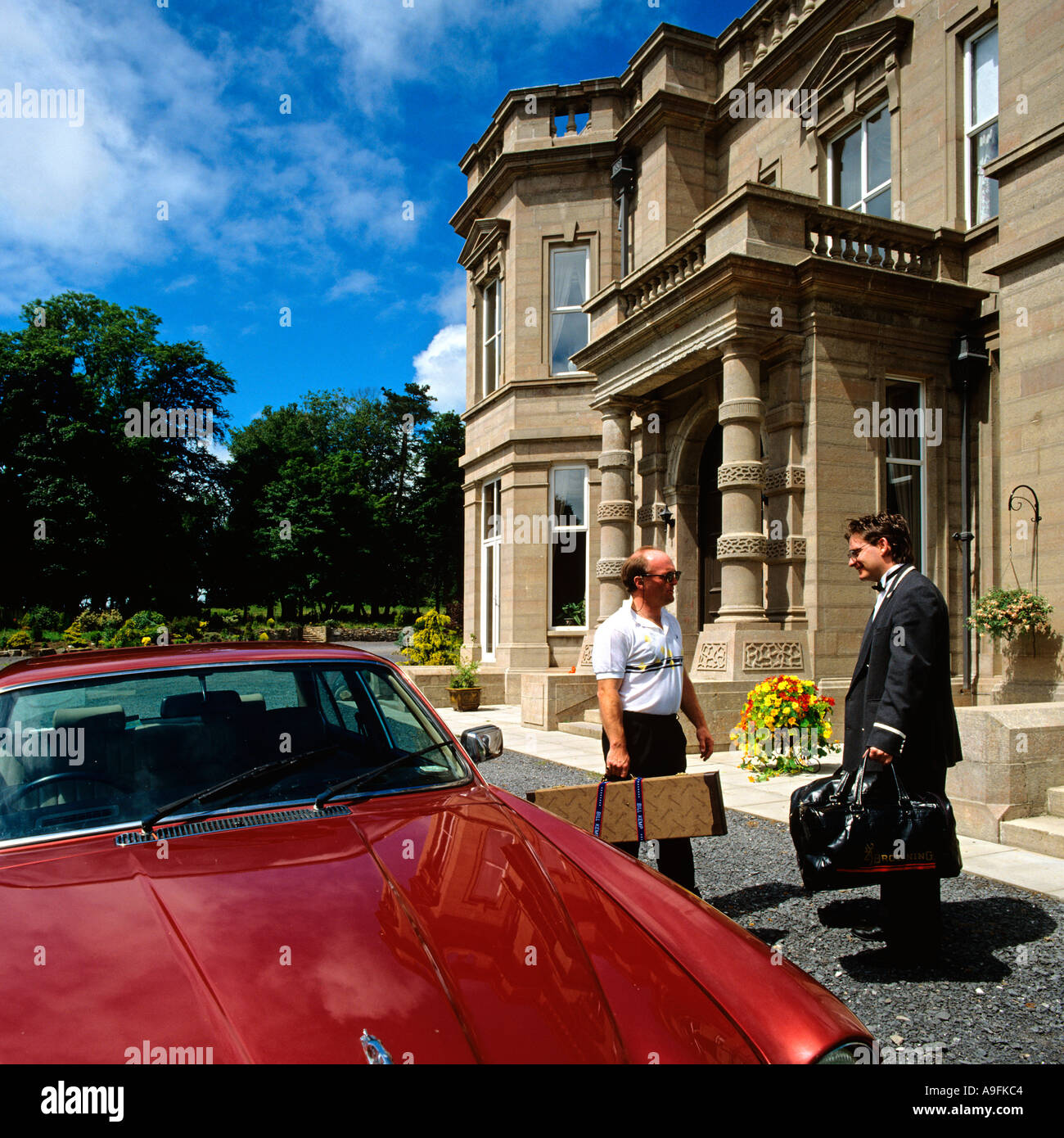 Country house hotel arrival of guests - Stock Image