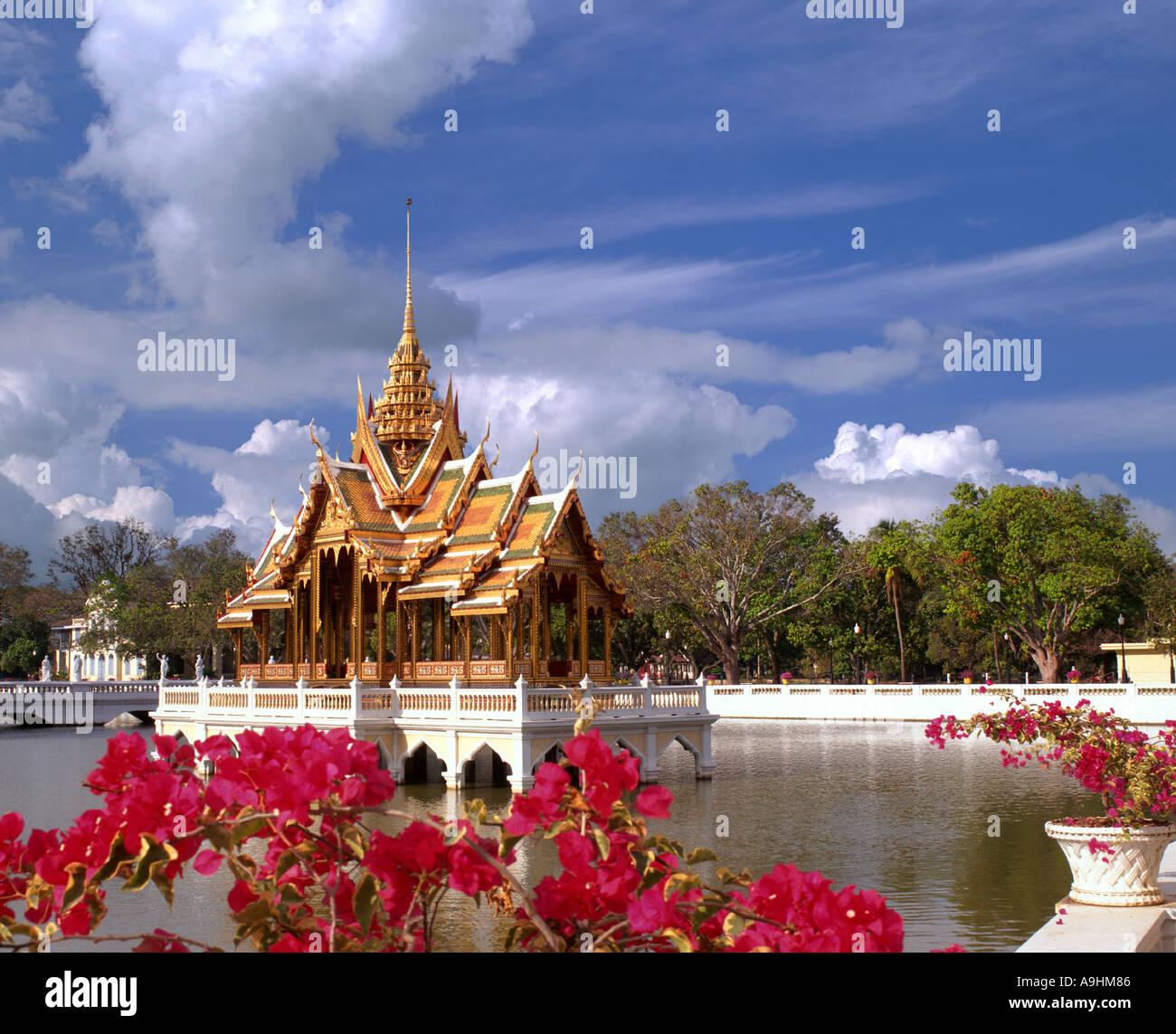 TH - AYUTTHAYA: The Royal Gardens at Bang Pa In Palace - Stock Image