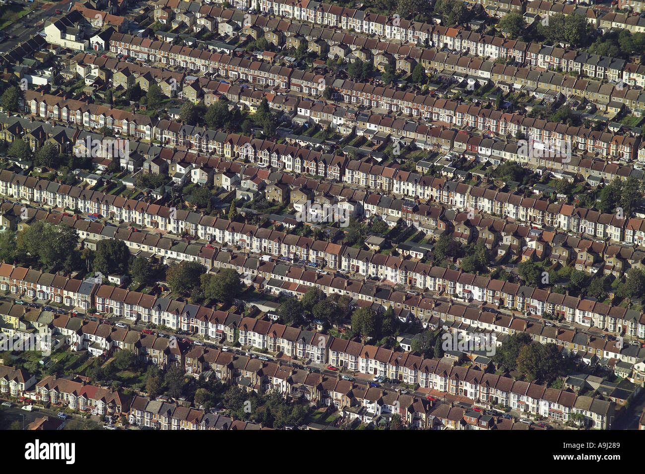 Aerial view of terraced housing with gardens in Ilford, Essex - Stock Image