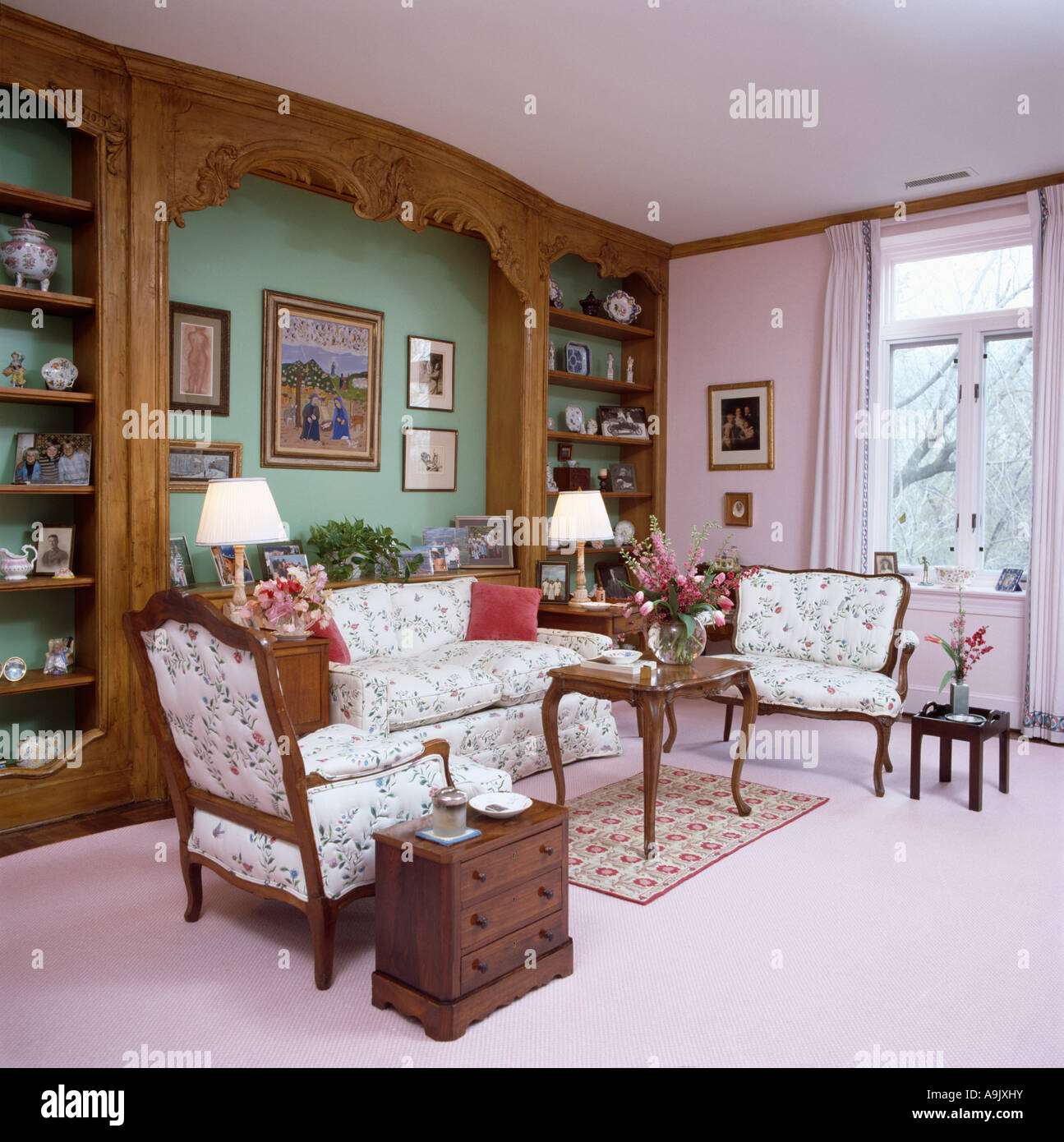Carved Wood Over Green Alcove With Sofa In Pastel Pink Livingroom With Pink  Carpet