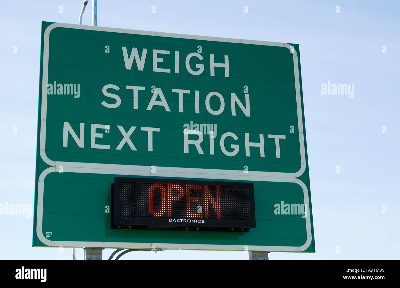 Stock photo of Weigh station  next right sign on Interstate USA - Stock Image