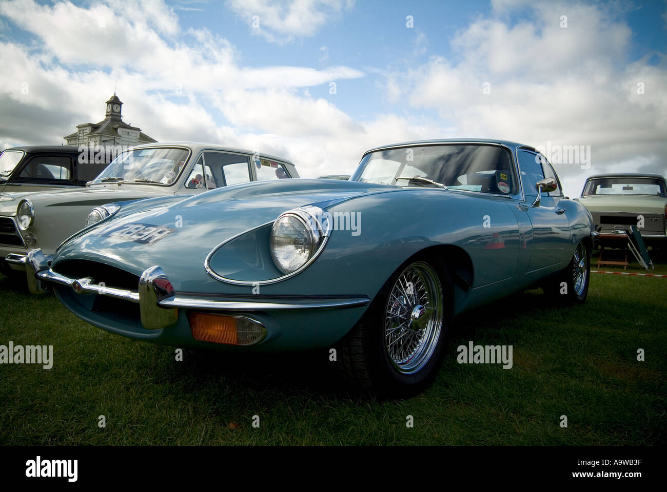 Jaguar E Type Engine Stock Photos & Jaguar E Type Engine Stock ...