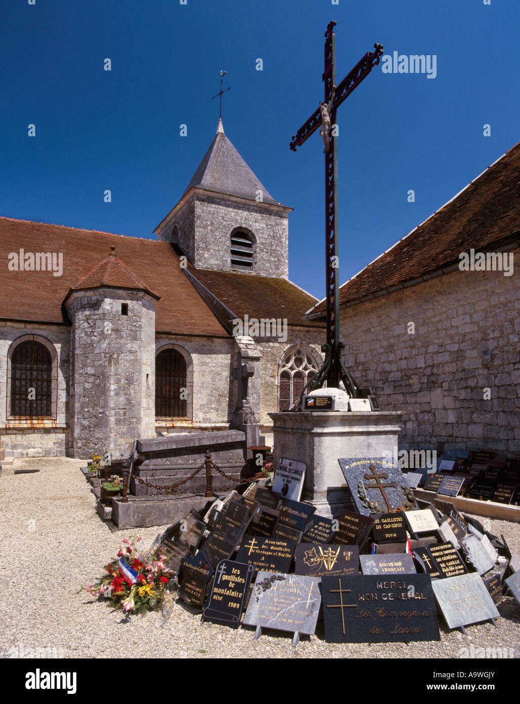 Grave Of Charles De Gaulle In Churchyard At Colombey Les Deux Eglises Stock Photo Alamy