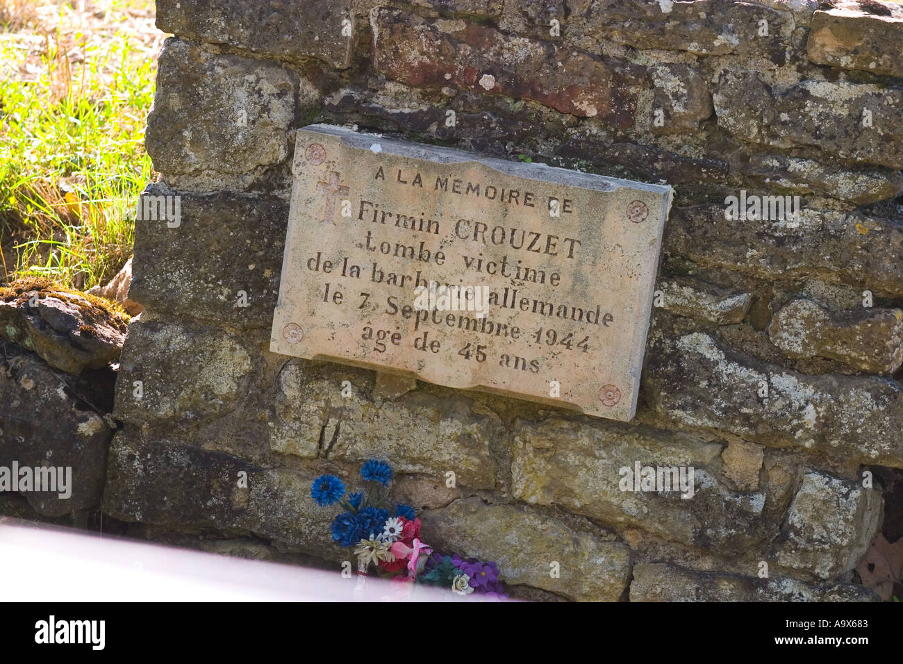 Memorial to French civilians killed 7th September 1944 - Stock Image