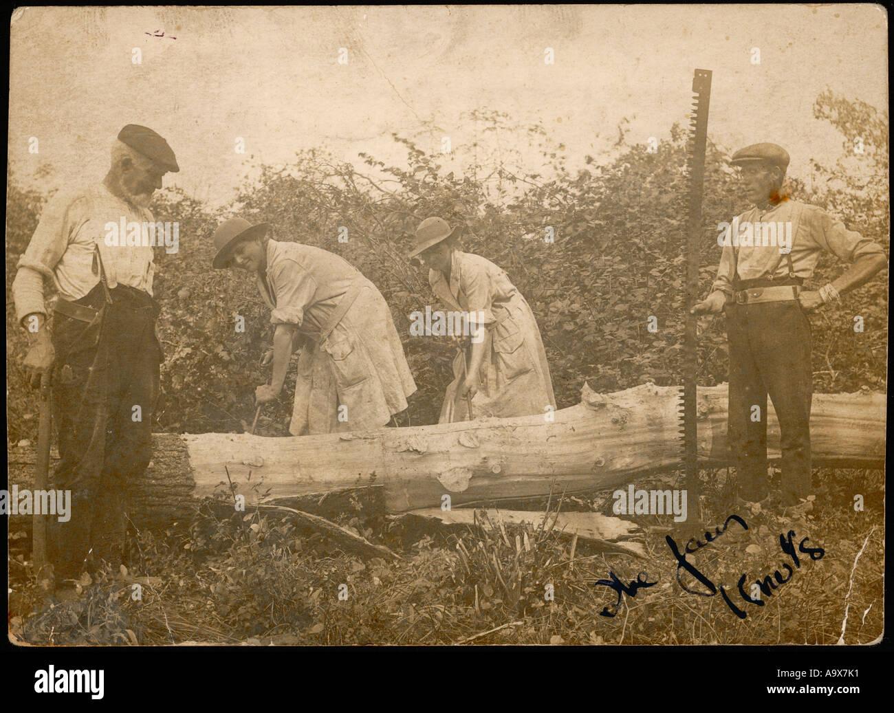 Wwi Land Girls Photo - Stock Image