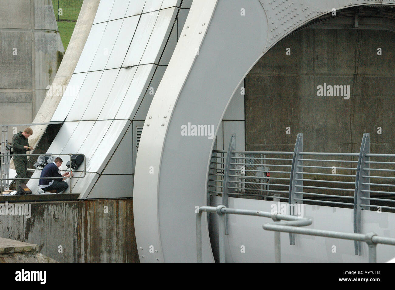 Maintenance work being carried out on the Falkirk wheel, Falkirk, central Scotland UK - Stock Image