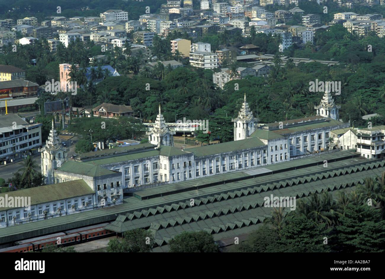 BURMA Myanmar Rangoon Yangon Railway station - Stock Image