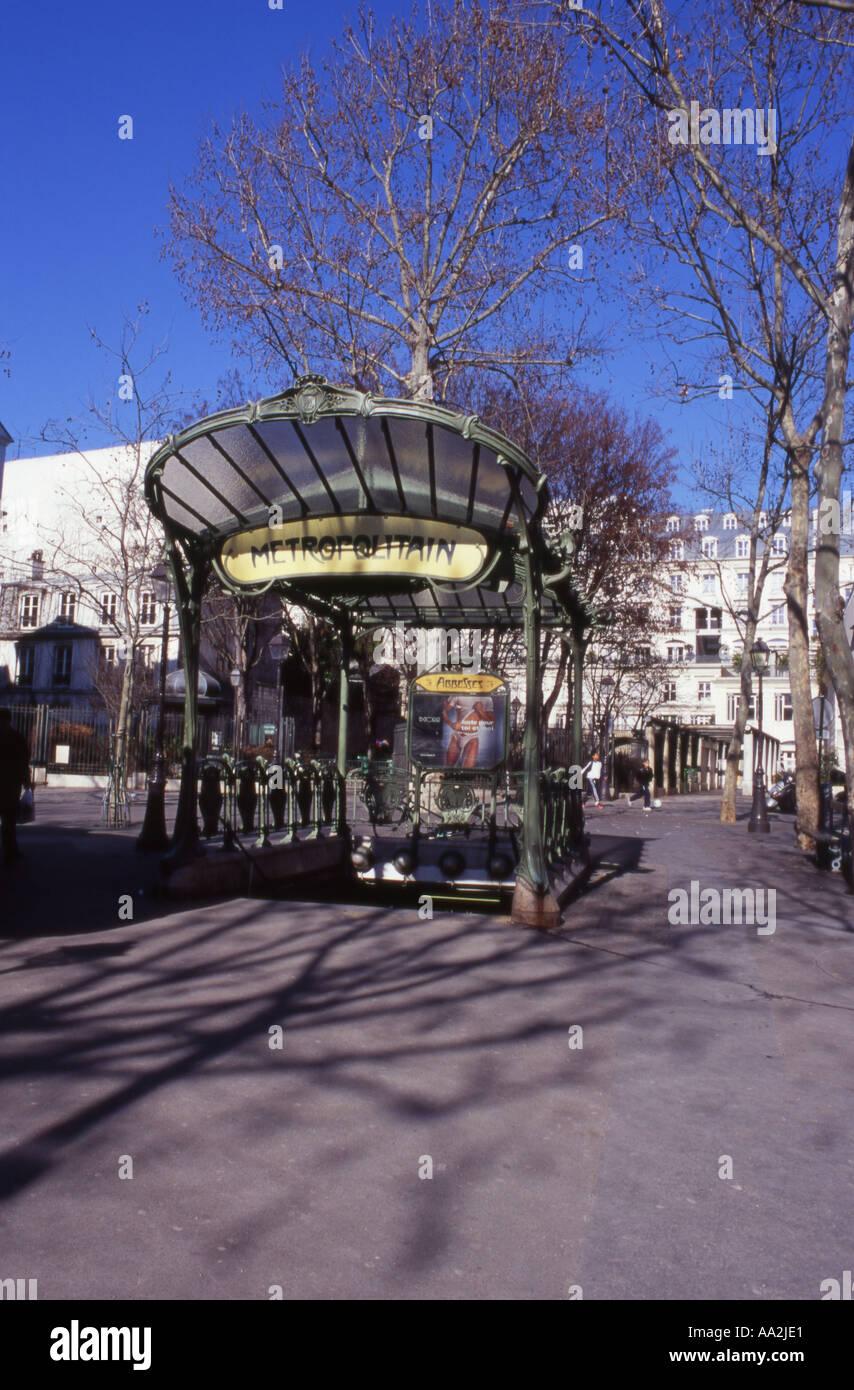 Plaque Metro Parisien Deco abbesses monmartre stock photos & abbesses monmartre stock