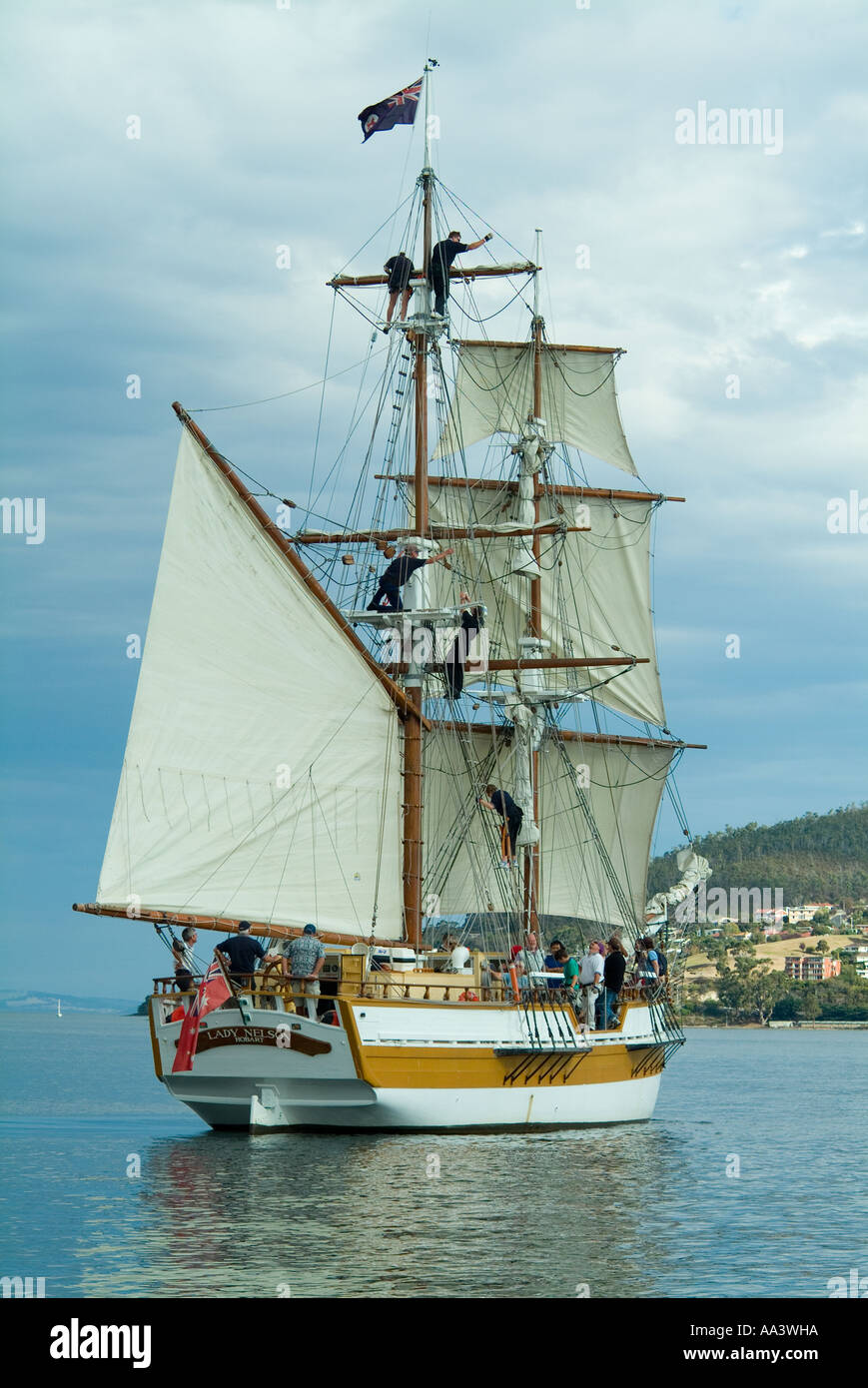 Square rigged ship Lady Nelson sailing on the Derwent River in Tasmania - Stock Image