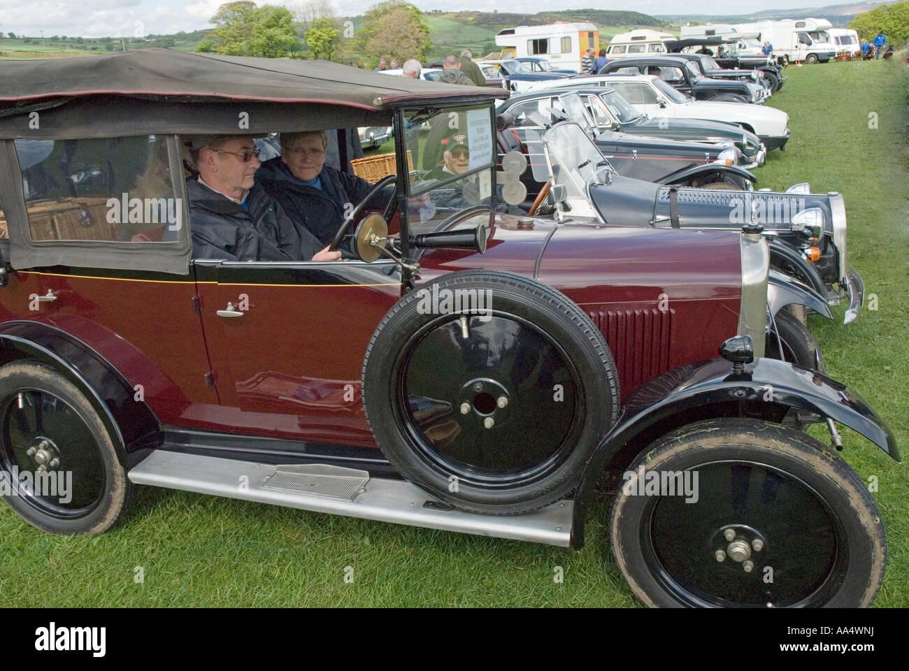 Singer Vintage Car Stock Photos & Singer Vintage Car Stock Images ...