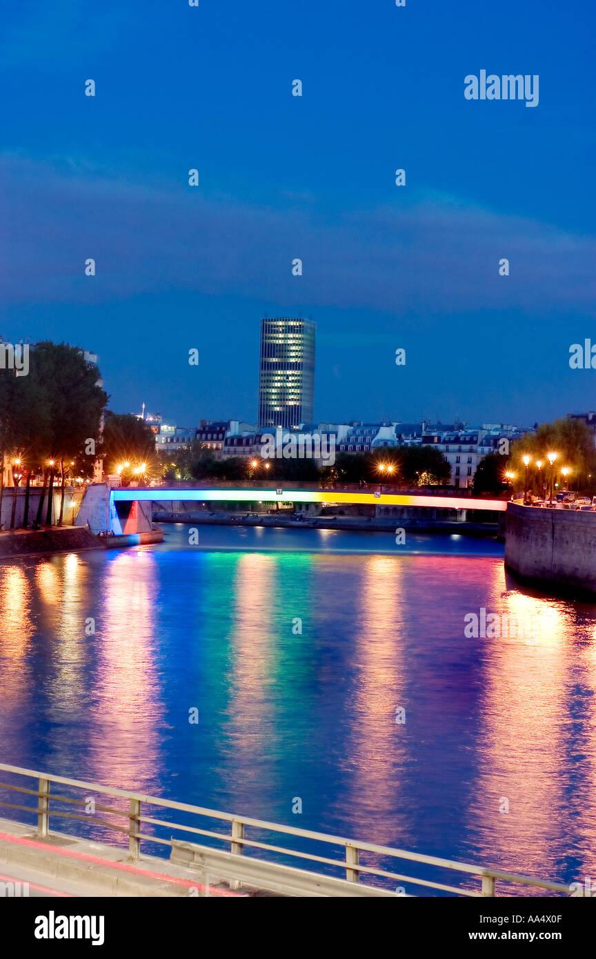 paris france monuments pont saint louis saint louis bridge at