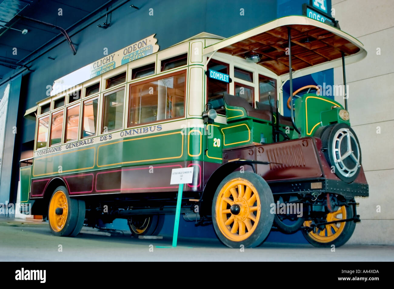 paris france old city antique 1930 bus on display in of ratp stock photo 4086489 alamy. Black Bedroom Furniture Sets. Home Design Ideas