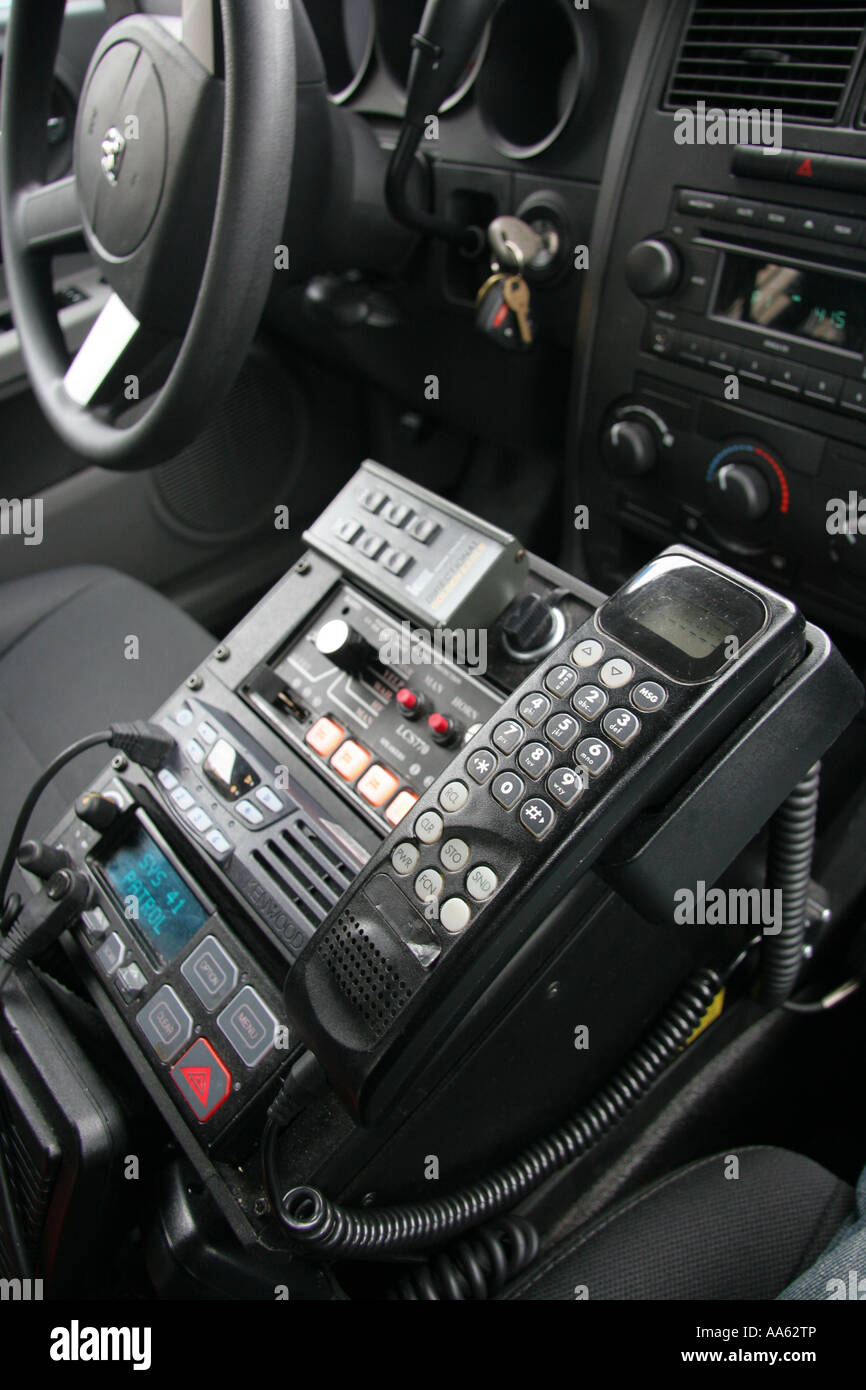 police car radio and emergency control equipment stock photo 12526149 alamy. Black Bedroom Furniture Sets. Home Design Ideas