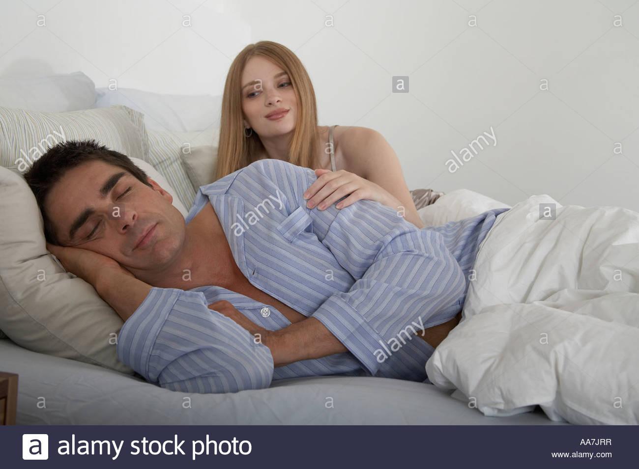 wife sleep with other man