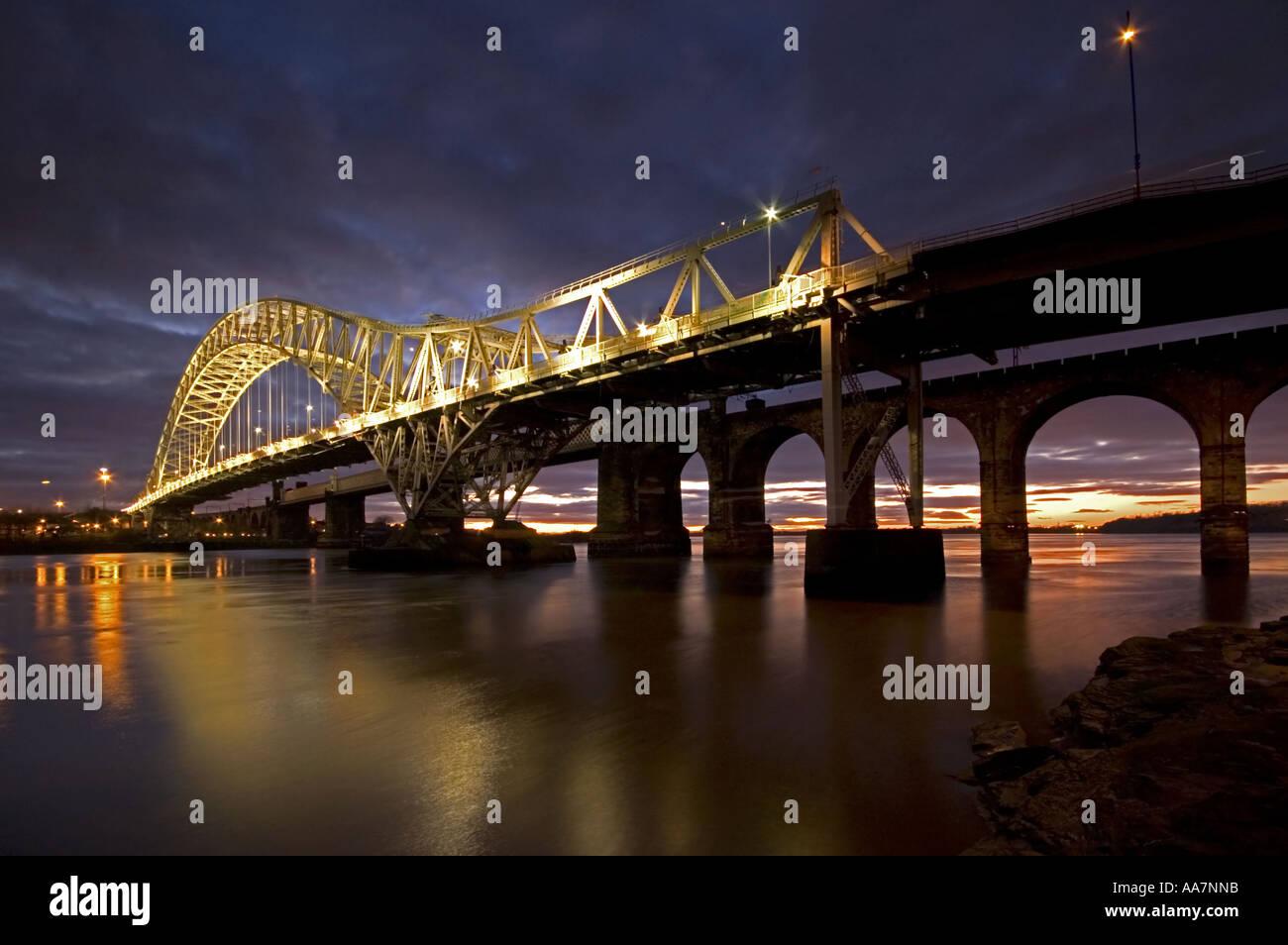 Runcorn Bridge at Sunset Runcorn Cheshire UK - Stock Image