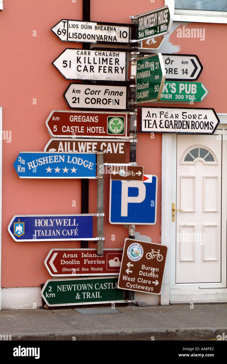 Signpost in Ballyvaughan southern  Ireland road signs and directions - Stock Image