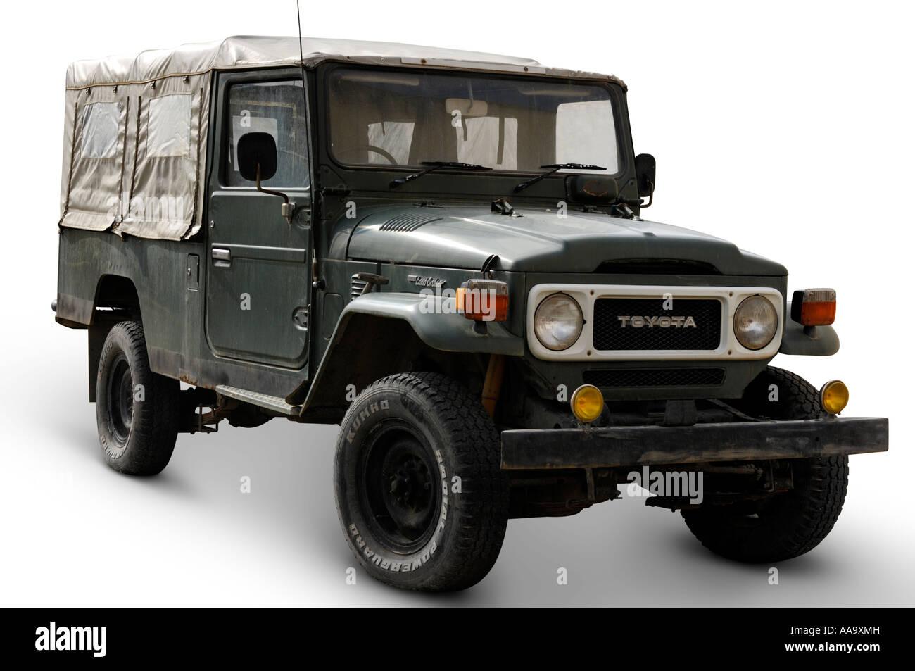 Kelebihan Jeep Land Cruiser Top Model Tahun Ini