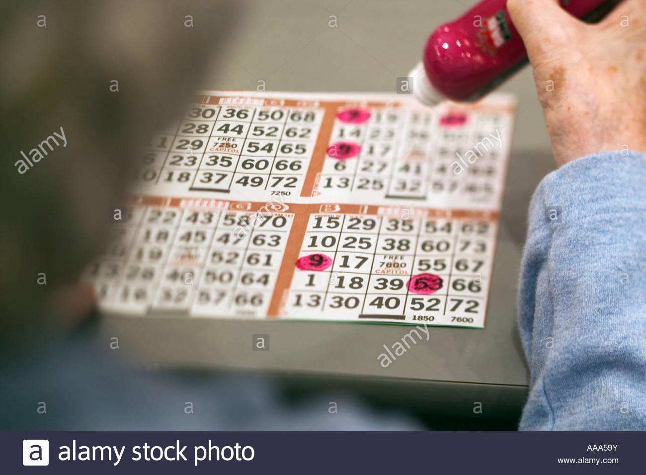 Senior man playing bingo - Stock Image
