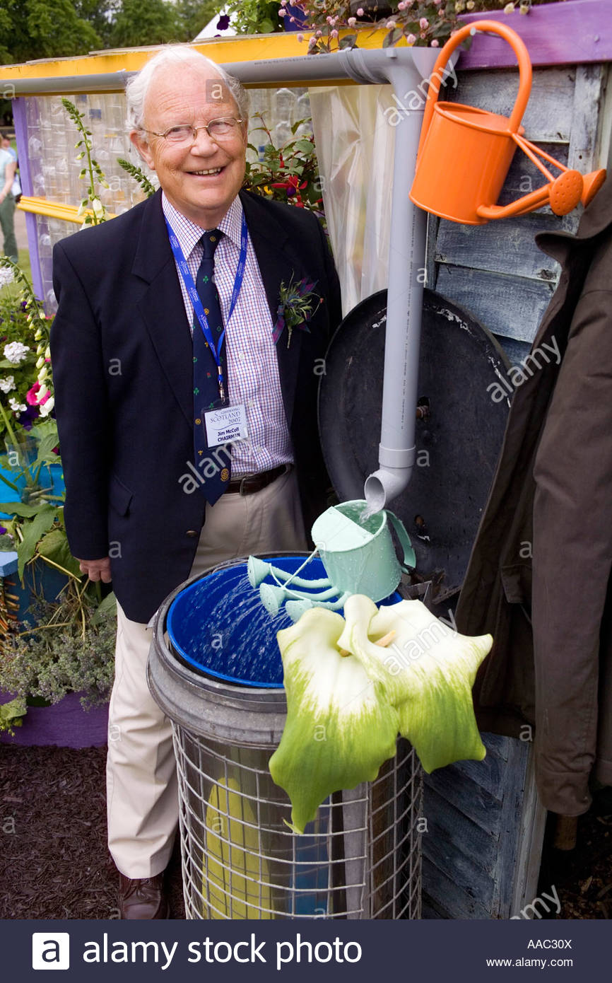 Jim Mccoll Chairman Gardening Scotland 2007 Recycle Re Use Relax
