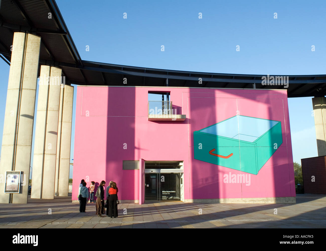 Milton Keynes art gallery in CMK the Centre MK £8000 eight thousand pound check treasure hunt - Stock Image