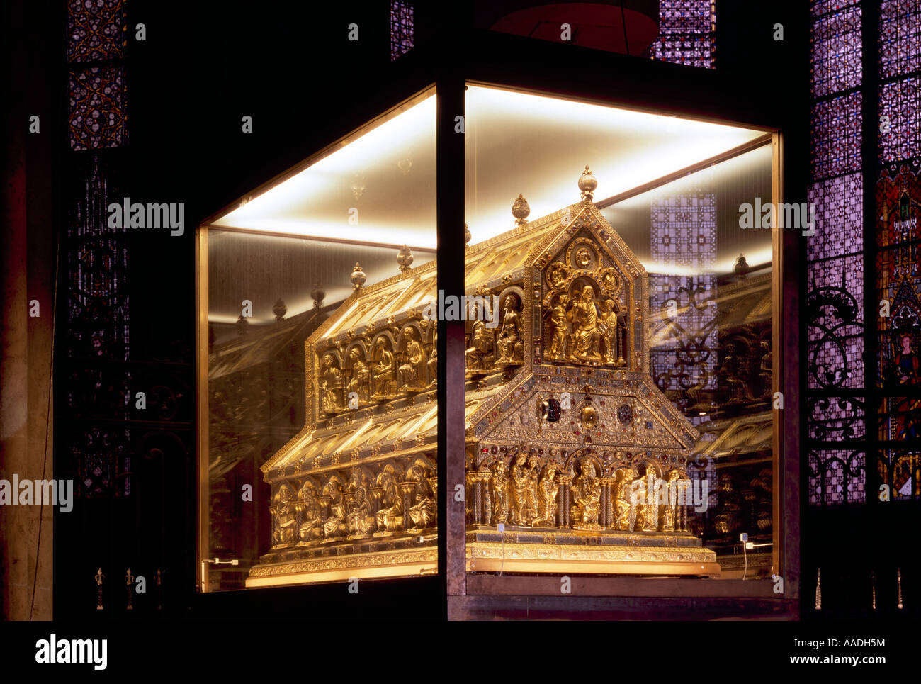 Koln Dom Dreikonigenschrein Stock Photo Alamy