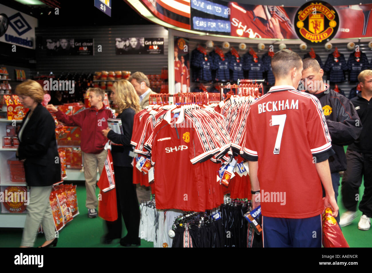 best authentic d2344 8703a Fans shopping in Manchester United Shop Manchester Greater ...