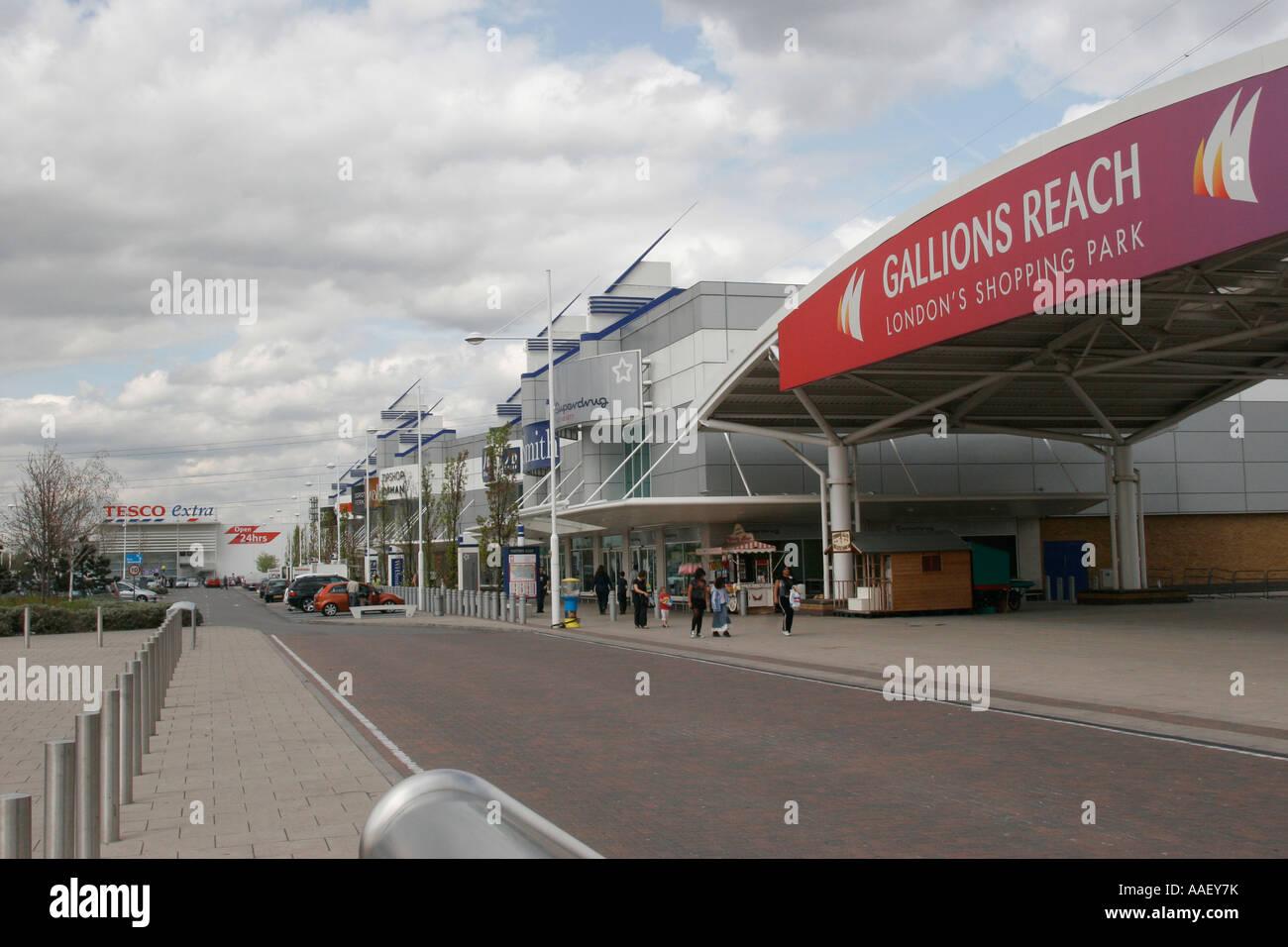 Gallions Reach Retail Shopping Park Becton Newham East London UK Stock Photo