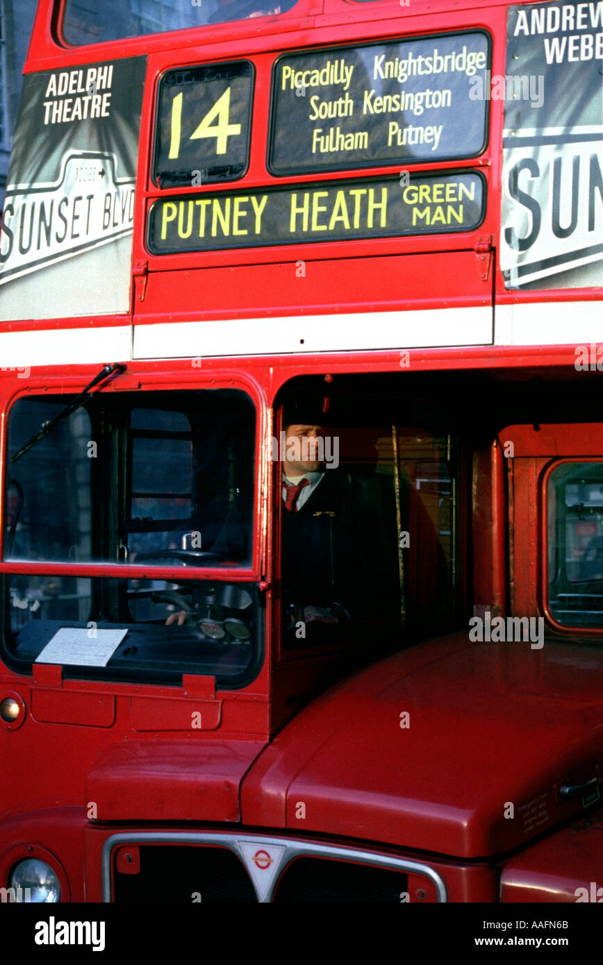 rush hour london bus stop stock photos rush hour london bus stop stock images alamy. Black Bedroom Furniture Sets. Home Design Ideas