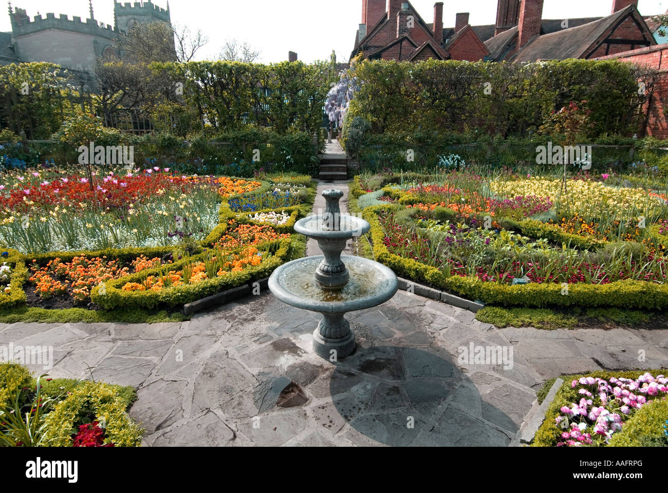 New Place Elizabethan Knott Garden on the Site of William Shakespeare s house in Stratford upon Avon - Stock Image