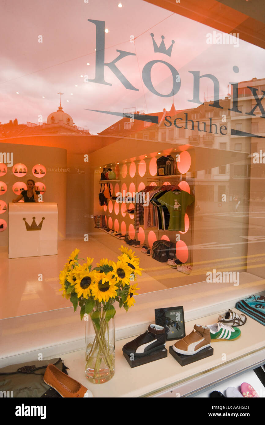 View through the shop window into the exclusive shoe shop shoe designer K nix Zurich Canton Zurich Switzerland Stock Photo