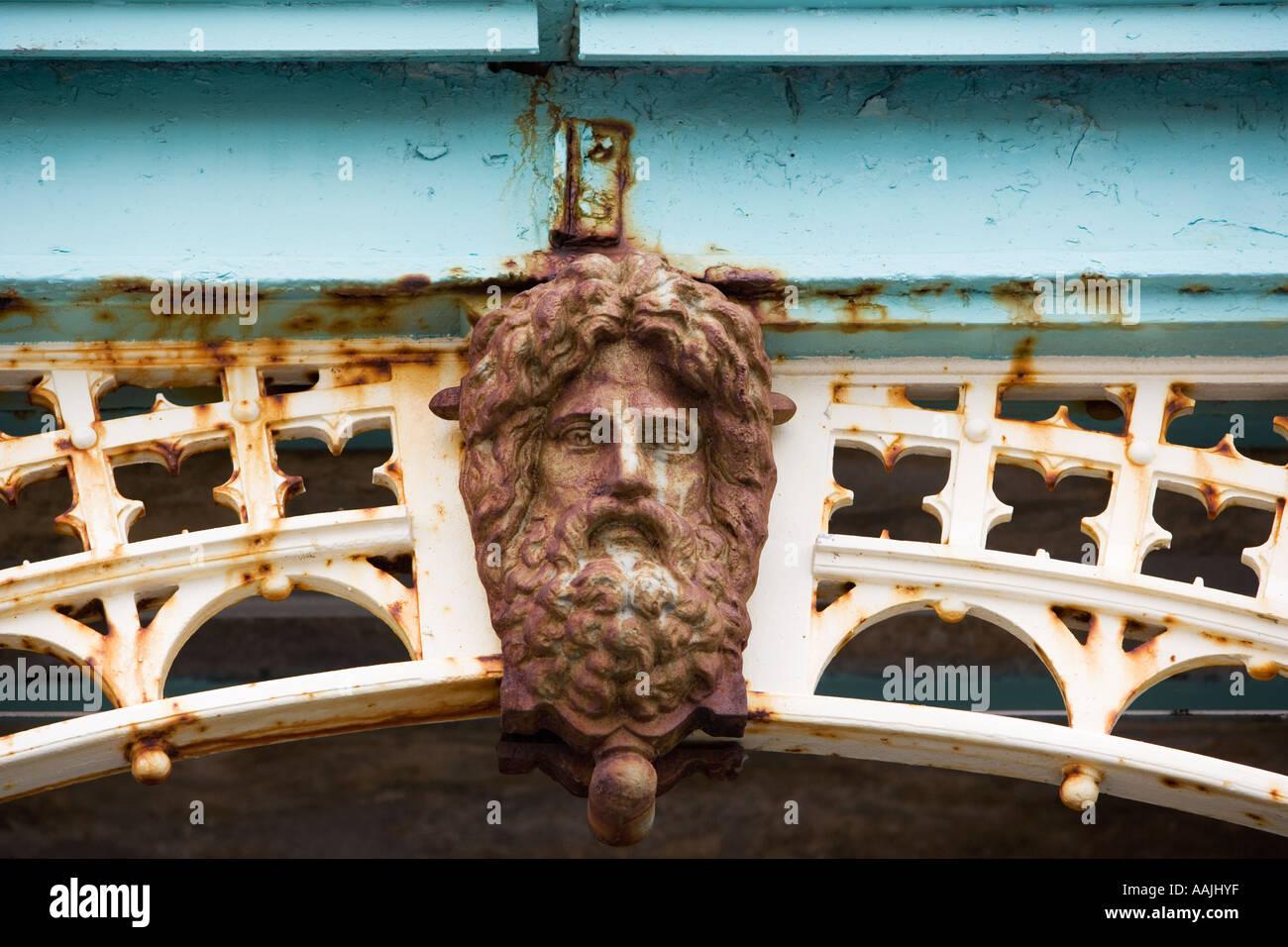 Figure head on railings in Brighton England - Stock Image
