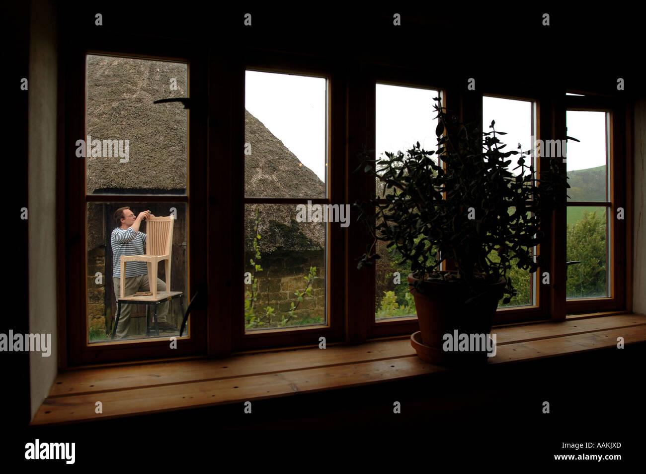 James Verner A Bespoke Furniture Maker At Home In North Chideock Dorset    Stock Image