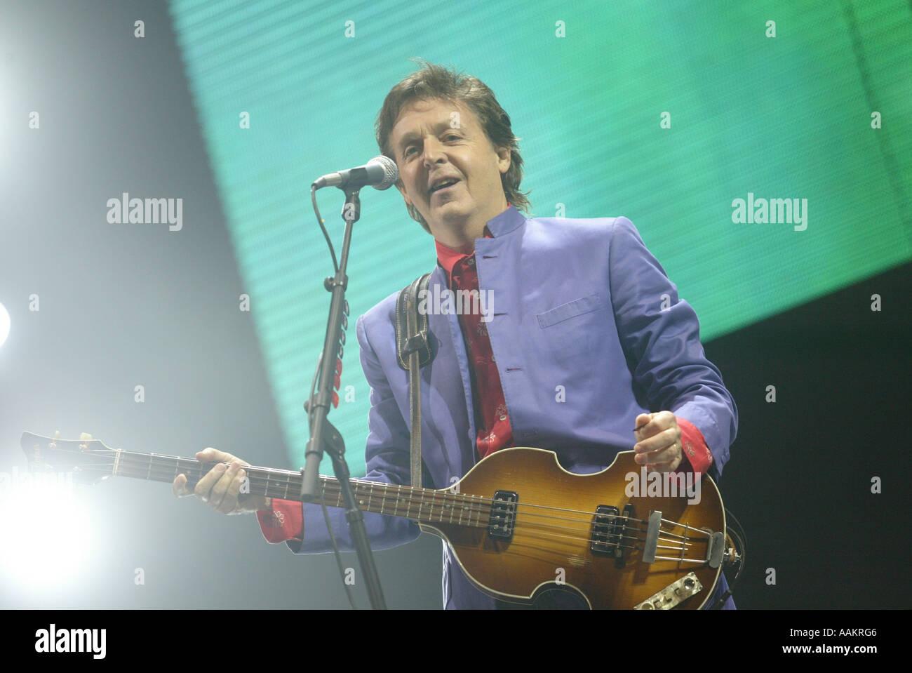 Paul McCartney  performs at the Glastonbury Festival, England, June 2004. - Stock Image