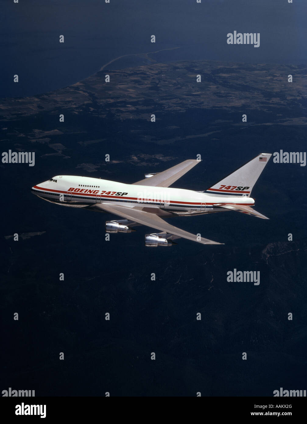 BOEING 747 SP AIRCRAFT IN AIR ALOFT JET PASSENGER COMMERCIAL AIRLINER - Stock Image