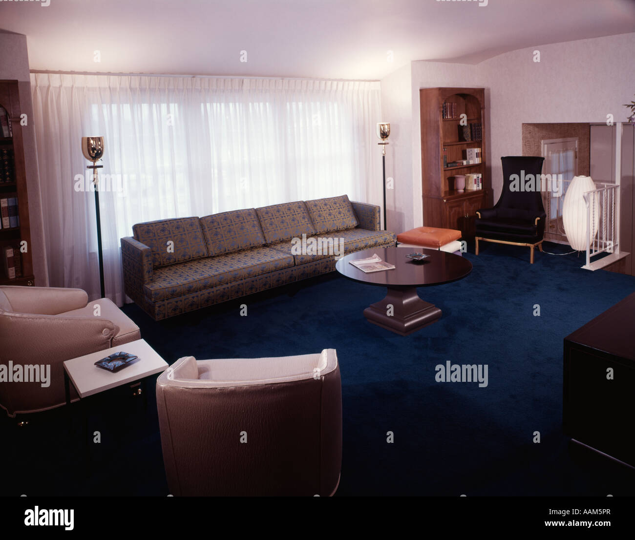 1960s 1970s LIVING ROOOM INTERIOR INSIDE   Stock Image