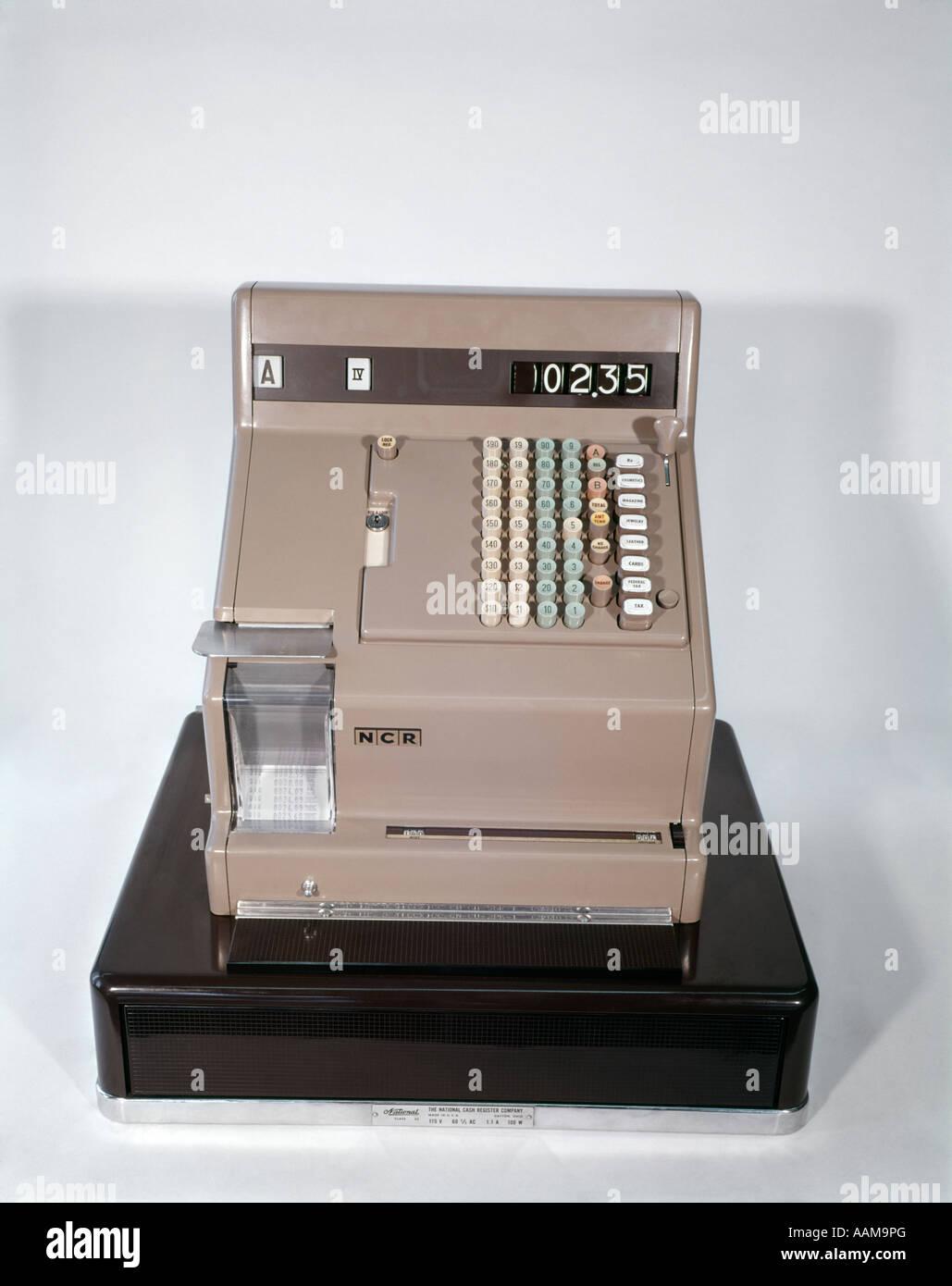 RETRO CASH REGISTER MONEY ADDING MACHINE - Stock Image