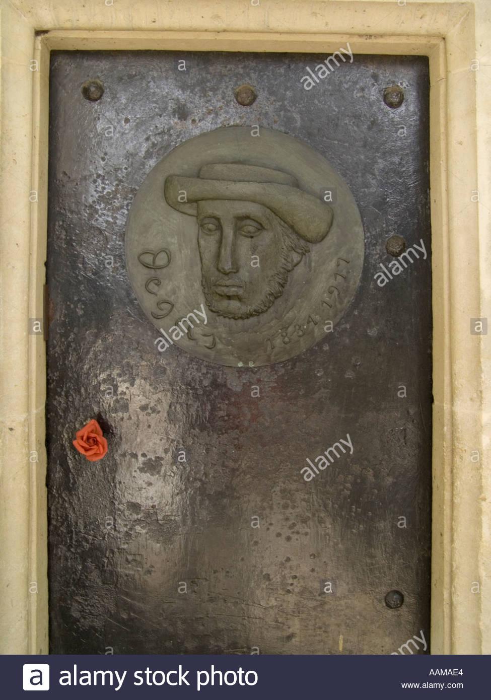 door of the painter Edward Degas 1834 1917 tomb in Cimetiere Montmartre Paris & door of the painter Edward Degas 1834 1917 tomb in Cimetiere Stock ...