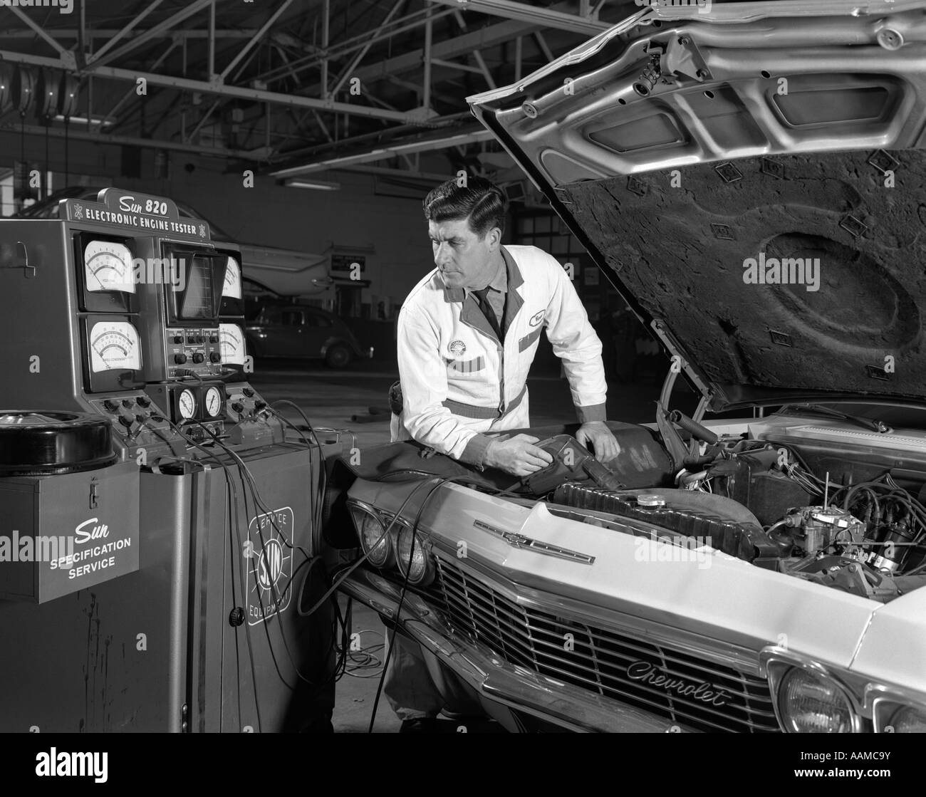 Salesperson 1960s Stock Photos & Salesperson 1960s Stock Images - Alamy
