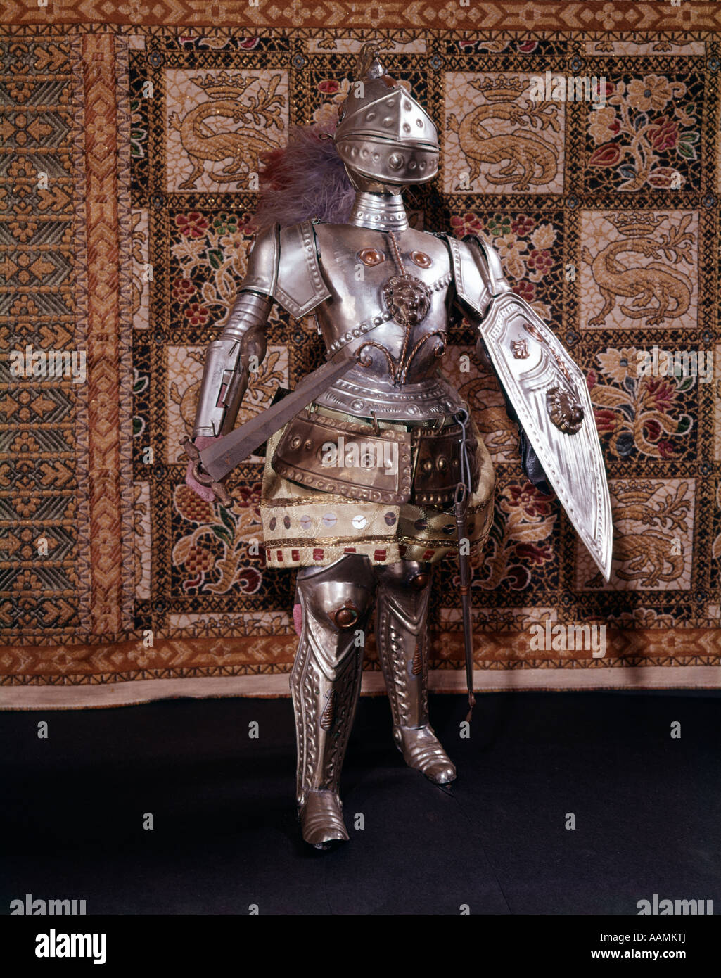 FULL LENGTH SUIT OF ARMOR MEDIEVAL SWORD HELMET SHIELD METAL
