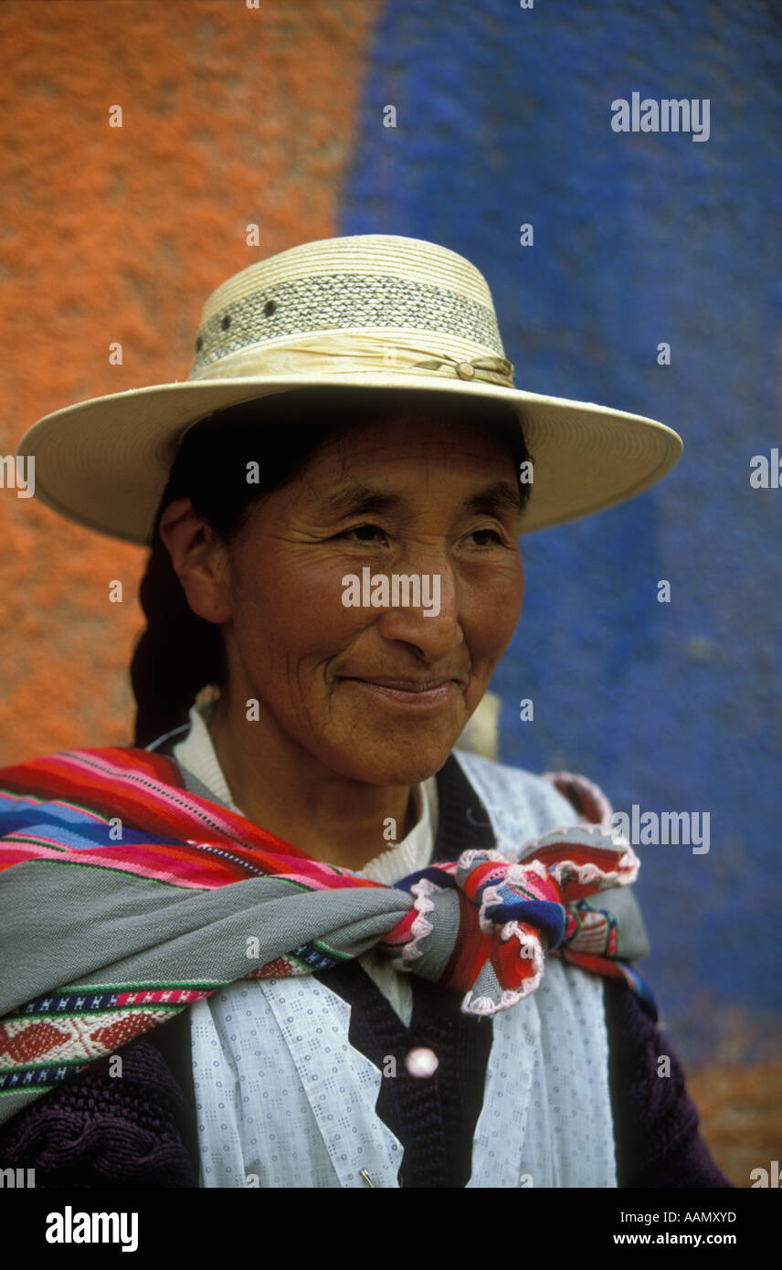An Indian woman in hat in Oruro Bolivia - Stock Image