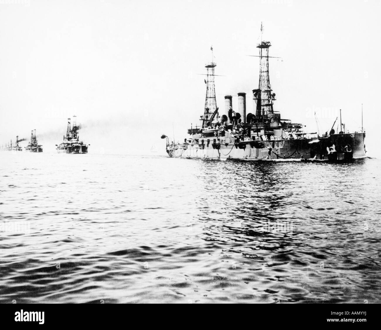1909 GREAT WHITE FLEET US NAVY USS SHIP CONNECTICUT LEADING NORTH ATLANTIC FLEET OFF VIRGINIA CAPE - Stock Image