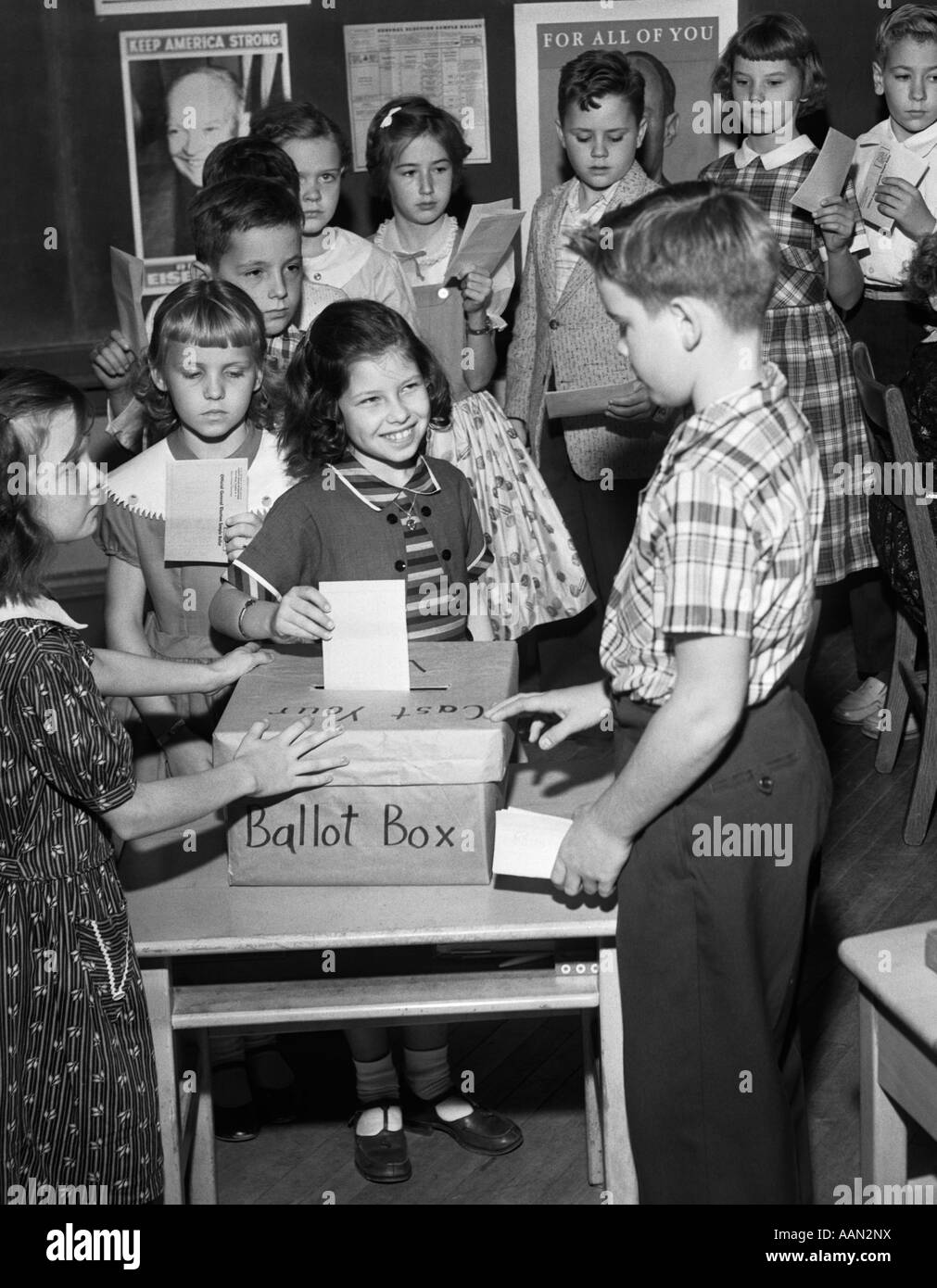 1950s 4TH GRADE SCHOOL MOCK ELECTION STUDENTS PUTTING ...