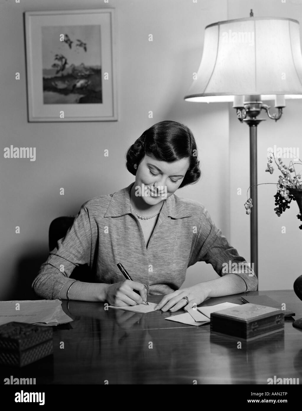Essay 1940 S Fashion: 1940s 1950s WOMAN SITTING AT DESK WRITING LETTERS DOING