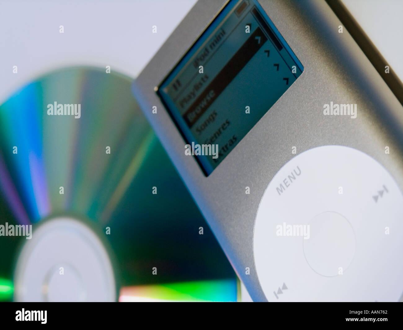 Apple Ipod Mini Mp3 Player Stock Photos & Apple Ipod Mini