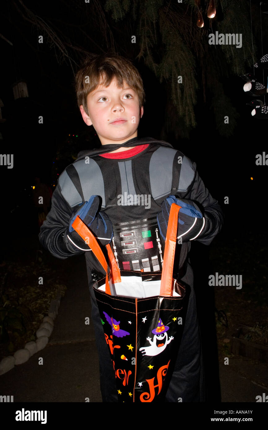 Trick and treater age 11 with a robot spacesuit costume for Halloween. St Paul Minnesota  sc 1 st  Alamy & Robot Costume Stock Photos u0026 Robot Costume Stock Images - Alamy