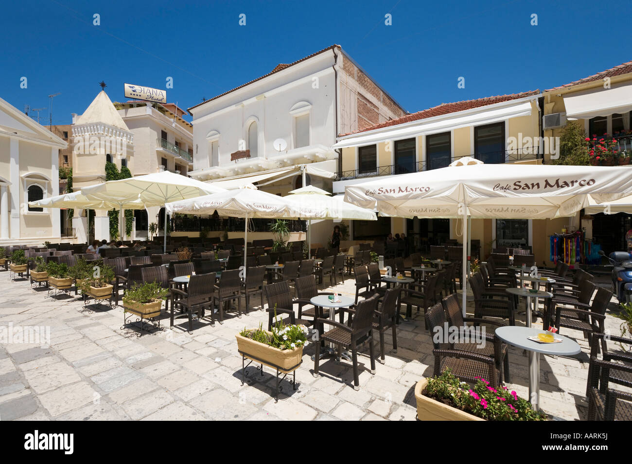 Restaurants on St Marks Square, St Mark's Square (Aghios Markou Sq), Zakynthos Town, Zakynthos, Ionian Islands, Stock Photo