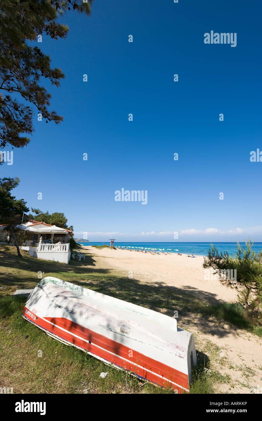Main Beach and Taverna, Skala, Kefalonia, Ionian Islands, Greece - Stock Image