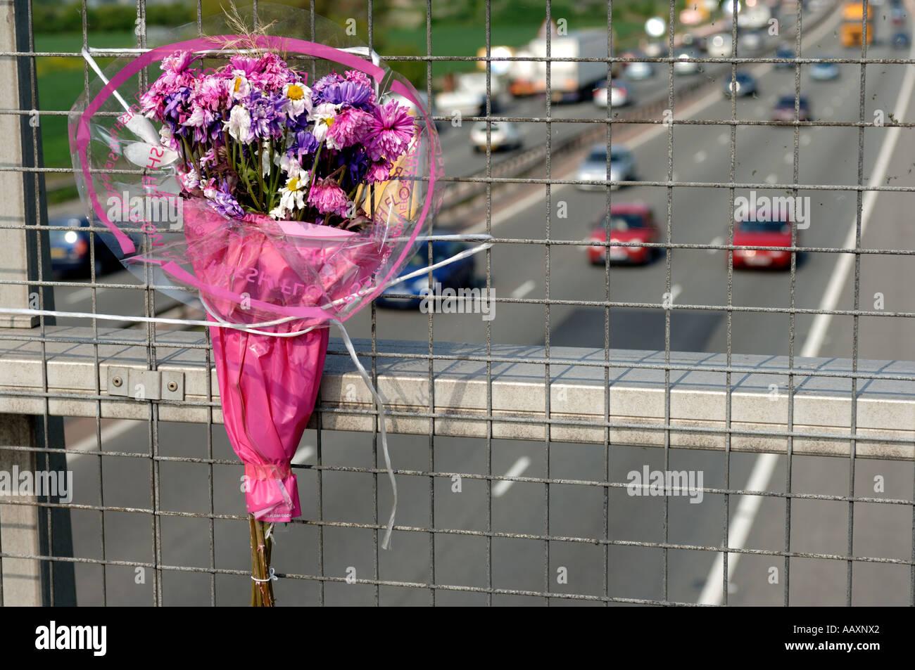 Flower tribute, M56, Cheshire England UK - Stock Image