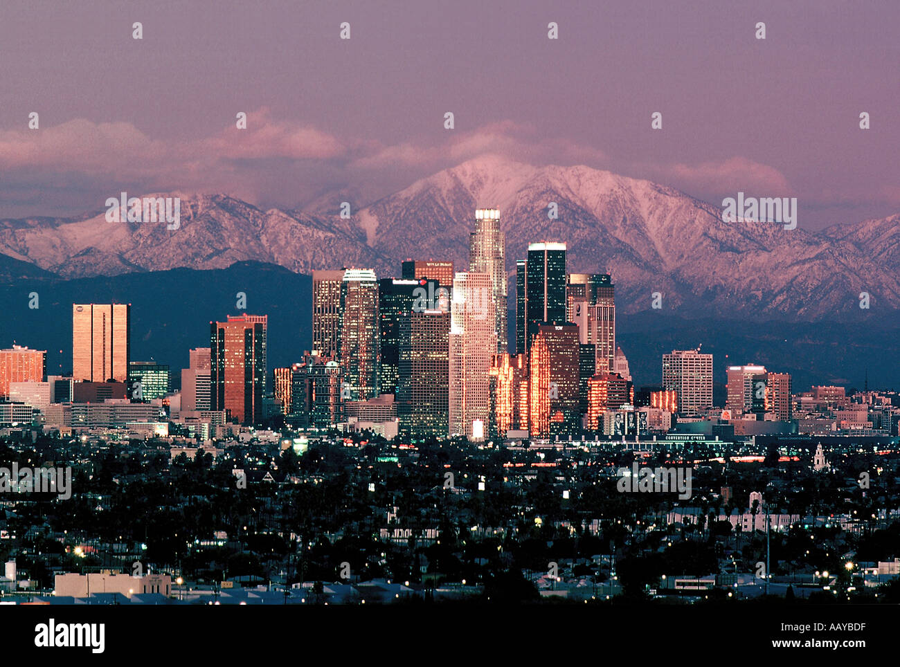 Unusual clarity at sunset on a winter day reveals the mountainous landscape  behind downtown Los Angeles California - Unusual Clarity At Sunset On A Winter Day Reveals The Mountainous